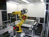 位相認識機構付き自動ローディング装置<br /> Vision Robot for Work Loading